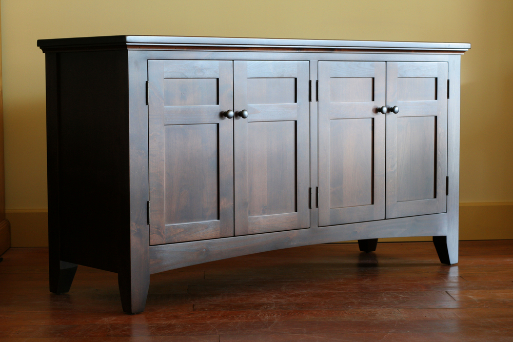 Hallmarks of Amish Furniture Design