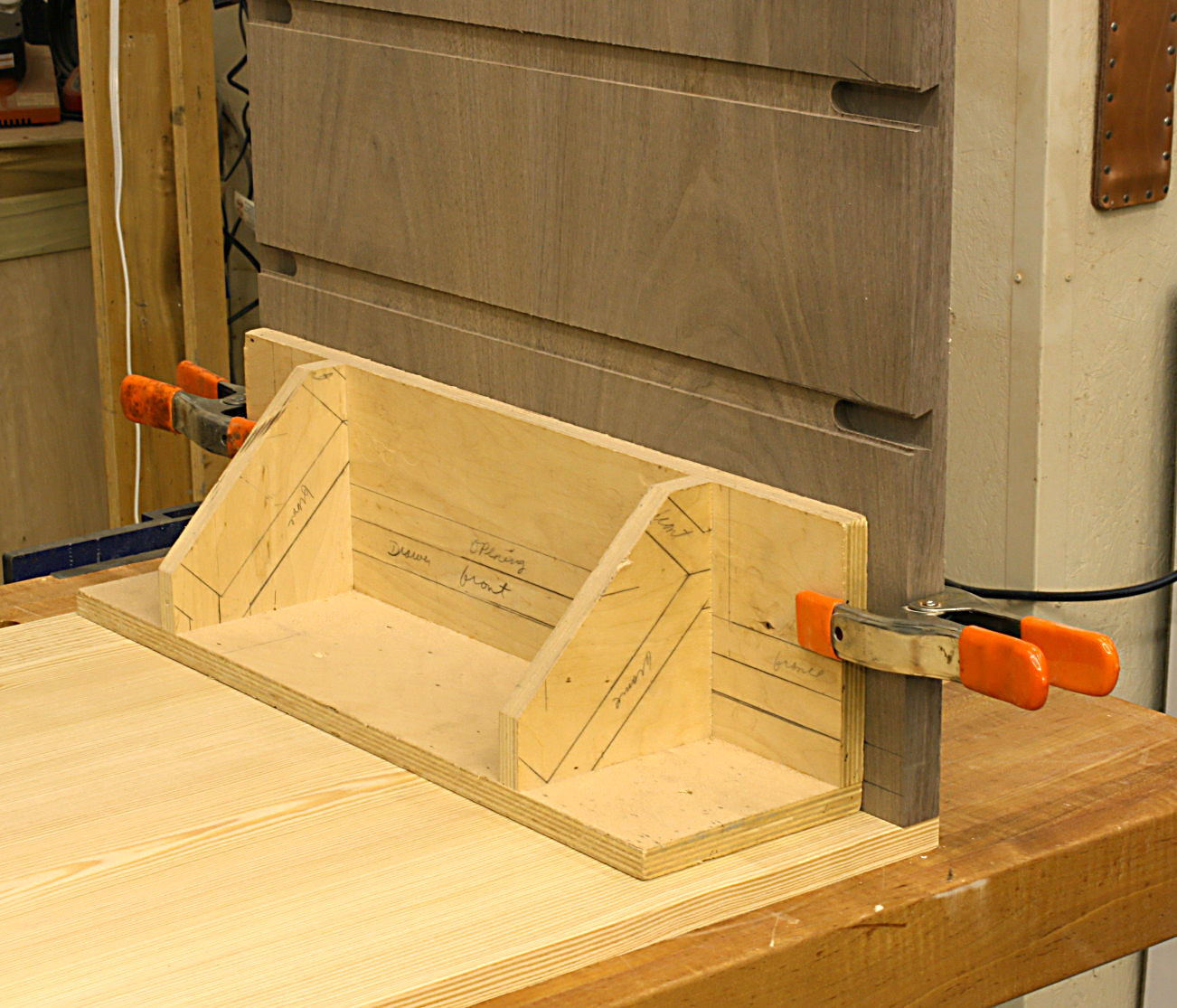 Making and Using Woodworking Jigs